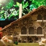 Maqueta de una casa de piedra