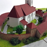 maqueta de la iglesia fortificada