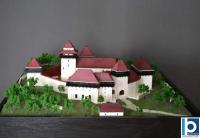 maqueta de iglesia fortificada
